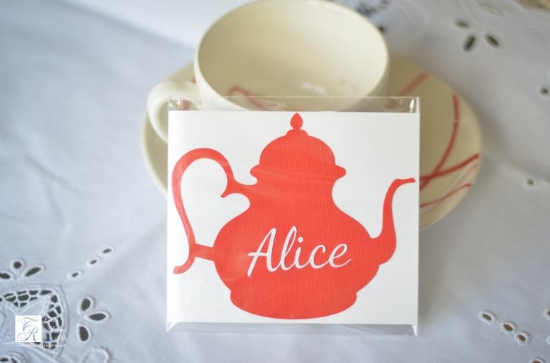 Convite Diferente Alice no Pais das Maravilhas
